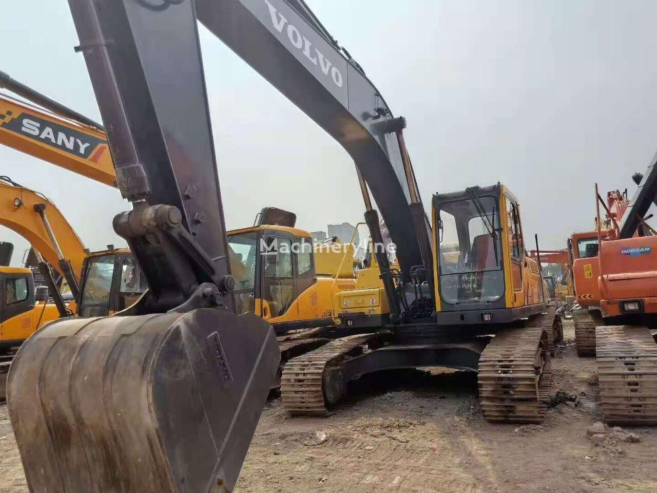 VOLVO EC240BLC excavadora de cadenas