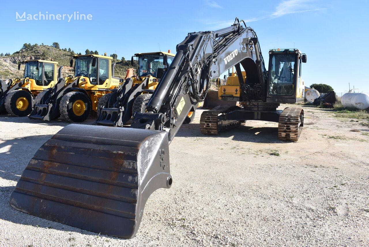 VOLVO EC300DL excavadora de orugas