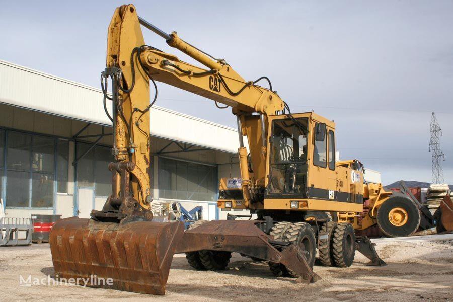 CATERPILLAR 214B excavadora de ruedas