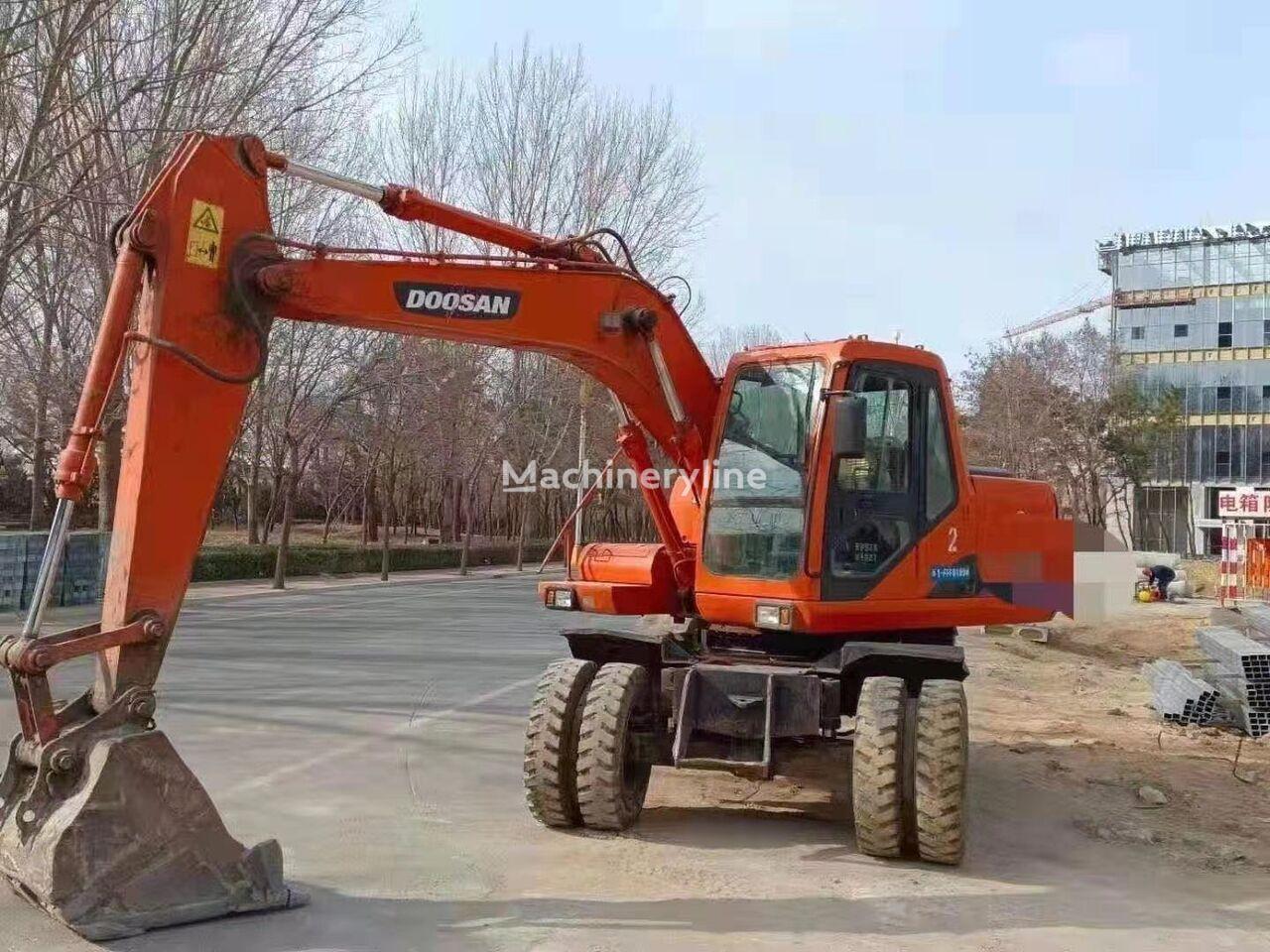 DOOSAN   DH150W-7    excavadora de ruedas