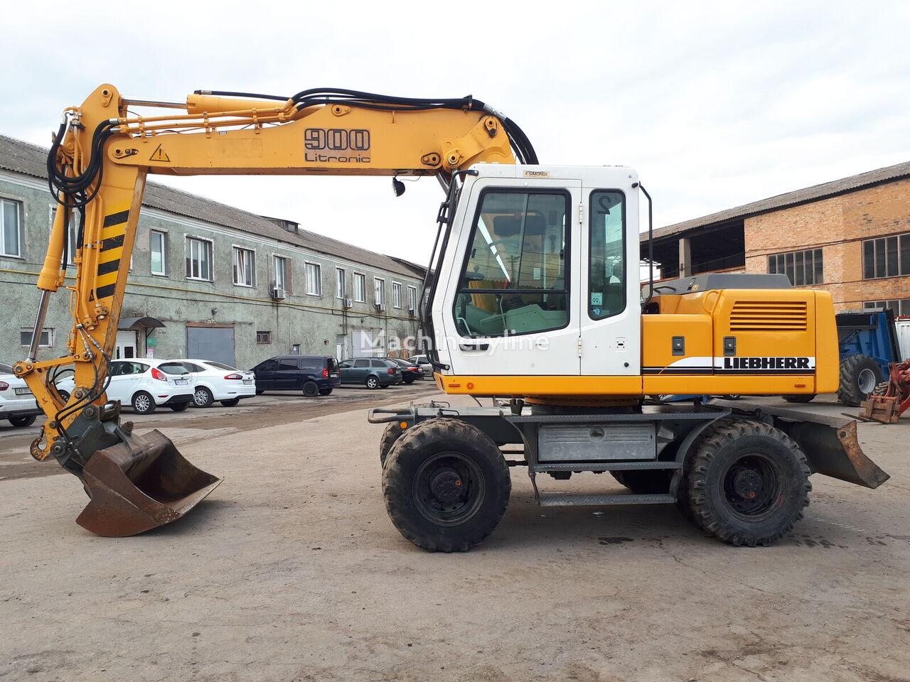 LIEBHERR A900B Litronic excavadora de ruedas