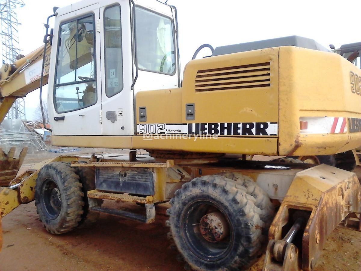 LIEBHERR A902 Litr.4P excavadora de ruedas