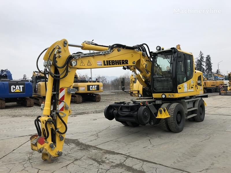 LIEBHERR A922 Rail excavadora de ruedas