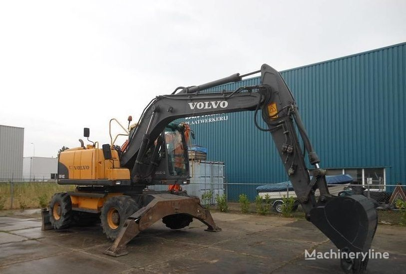 excavadora de ruedas VOLVO EW140C