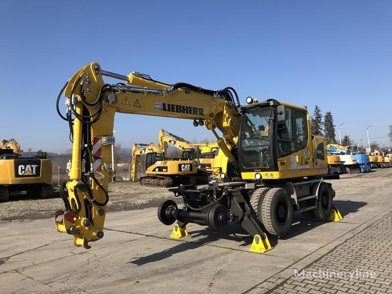 LIEBHERR A922 Rail excavadora rail