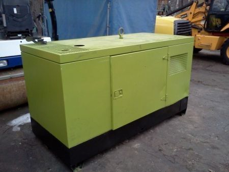 PRAMAC GBL 30 generador