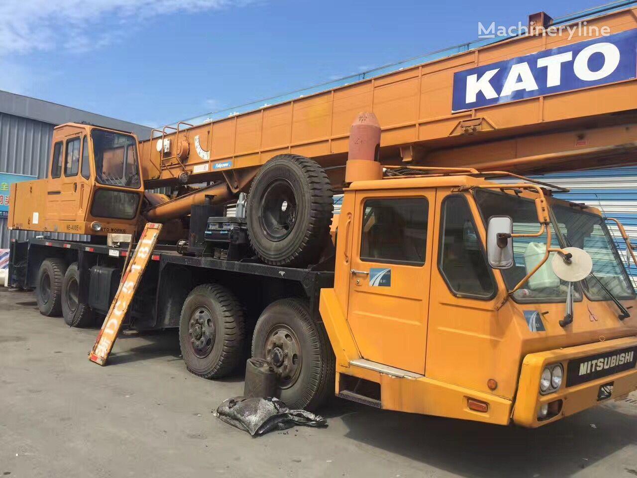 KATO NK400E-3 grúa móvil