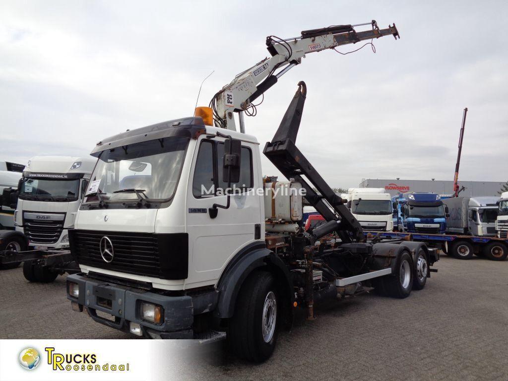 MERCEDES-BENZ SK 2433 + Semi-Auto + PTO + Serie 14 Crane + 3 pedals grúa móvil