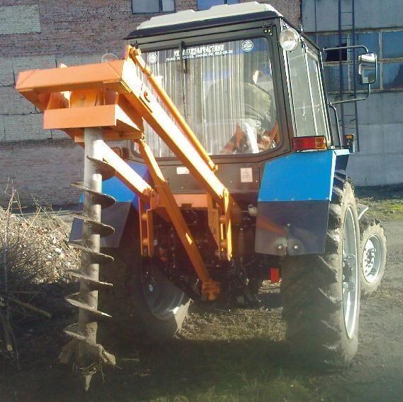 Yamokopatel (yamobur) navesnoy marki BAM 1,3 na baze traktora MTZ otros maquinaria de construcción