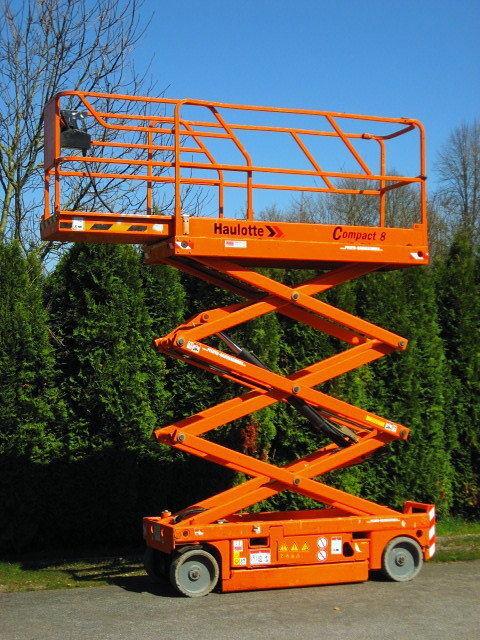 HAULOTTE Arbeitsbühne HAULOTTE Compact 8 ELEKTRO - 334 Std. plataforma de tijera