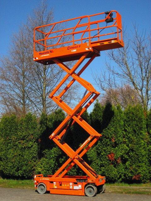 HAULOTTE Arbeitsbühne HAULOTTE Compact 8 ELEKTRO - 535 Std. plataforma de tijera
