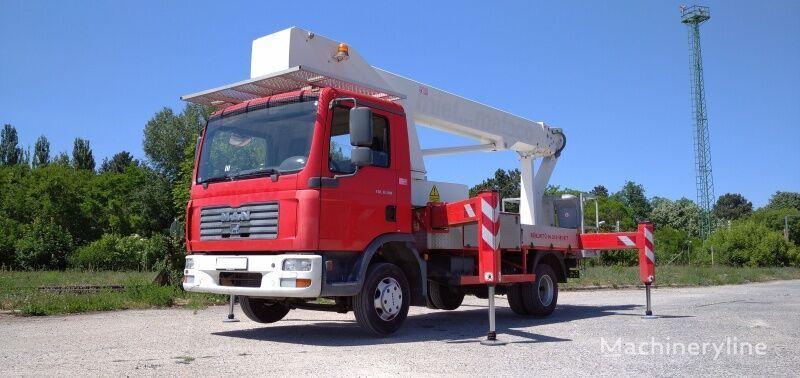 MAN Bison Palfinger TKA 30 KS - 30m, 7.5t plataforma sobre camión