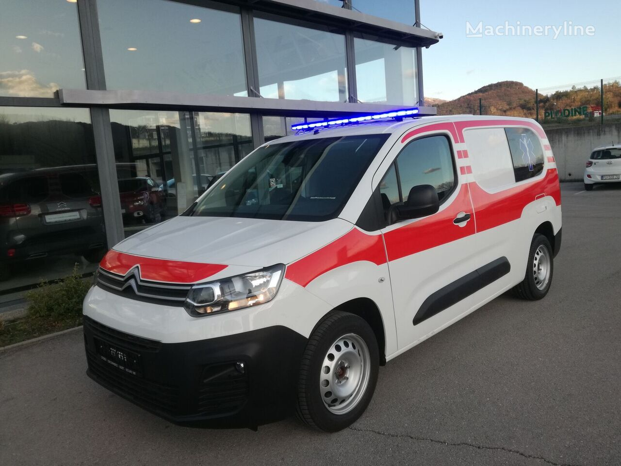 CITROEN Berlingo XL ambulancia nueva