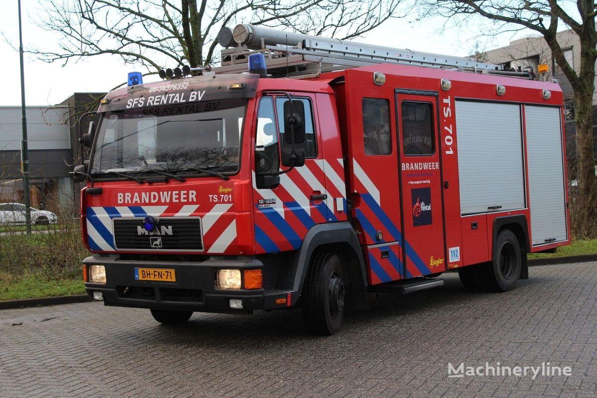 MAN 12-224 Silent camión de bomberos