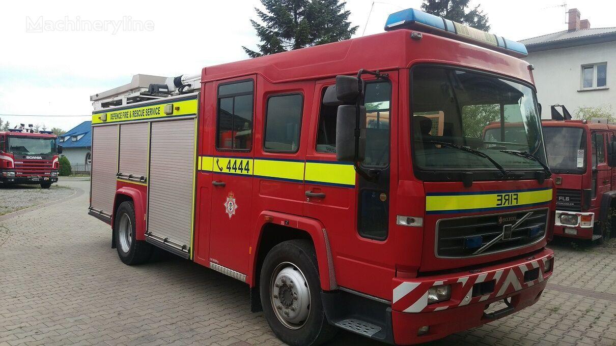 VOLVO FL6H camión de bomberos