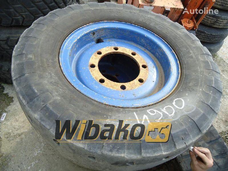 9/20 (8/22/9) neumático para camion ligero