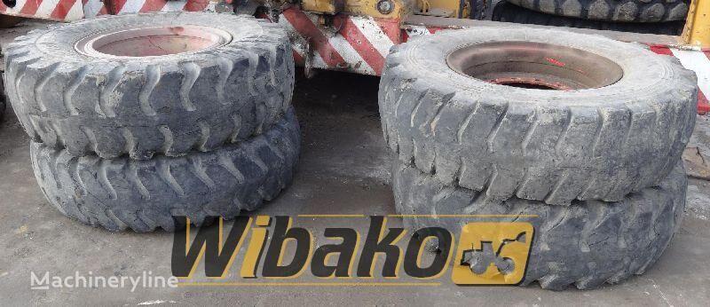 14/24 (12/37/17) neumático de cargador de rueda