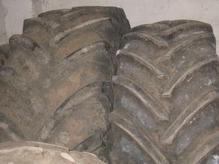 CLAAS 710-42.00 neumático para cosechadora