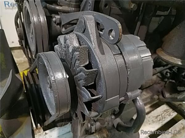 Alternador Iveco Serie Zeta Chasis     (109-14)  101 KKW [5,9 Lt alternador para IVECO Serie Zeta Chasis (109-14) 101 KKW [5,9 Ltr. - 101 kW Diesel] camión