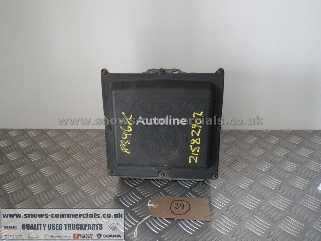 (21582902) bomba AdBlue para VOLVO FH13 camión