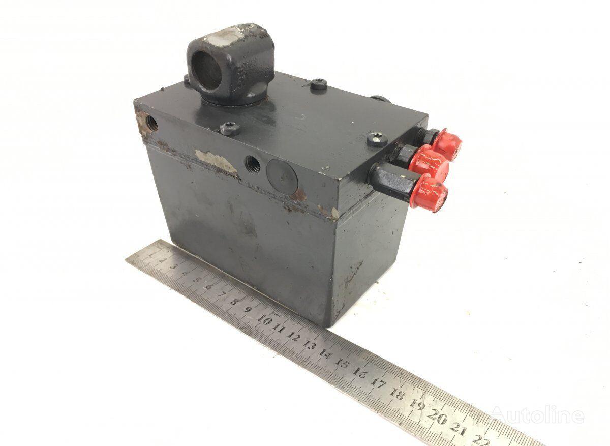 SCANIA (01.04-) bomba de elevación de cabina para SCANIA P G R T-series (2004-) tractora