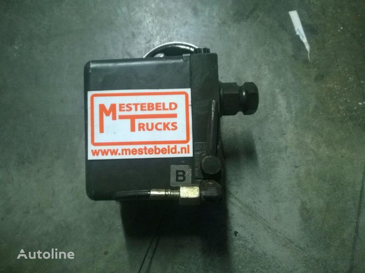 MERCEDES-BENZ bomba de elevación de la cabina para MERCEDES-BENZ Cabinekantelpomp Actros tractora