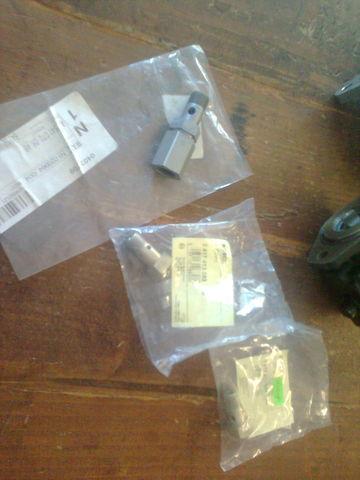 MERCEDES-BENZ obratnyy klapan MAN 1417413047 , 2417413082, 541 070 06 46 Actro bomba de inyección para MERCEDES-BENZ actros camión nueva