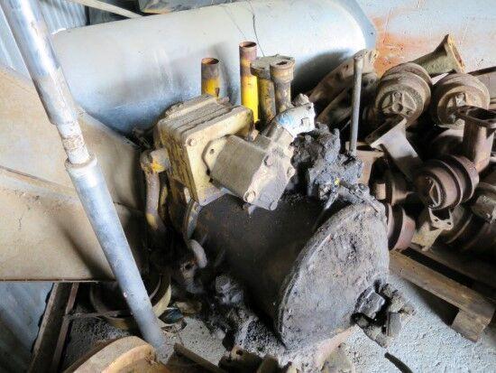 CATERPILLAR BOMBAS, CAJA DE CAMBIO Y SERVOTRANSMISION bomba hidráulica para CATERPILLAR 955H  bulldozer