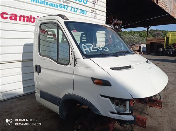 cabina para IVECO Daily II 35 S  camión