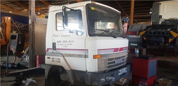 Cabina Completa Nissan L - 45.085 PR / 2800 / 4.5 / 63 KW [3,0 L cabina para NISSAN L - 45.085 PR / 2800 / 4.5 / 63 KW [3,0 Ltr. - 63 kW Diesel] camión