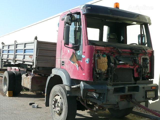 IVECO cabina para IVECO Trakker  Cursor 190-410 BJ. 2003 camión