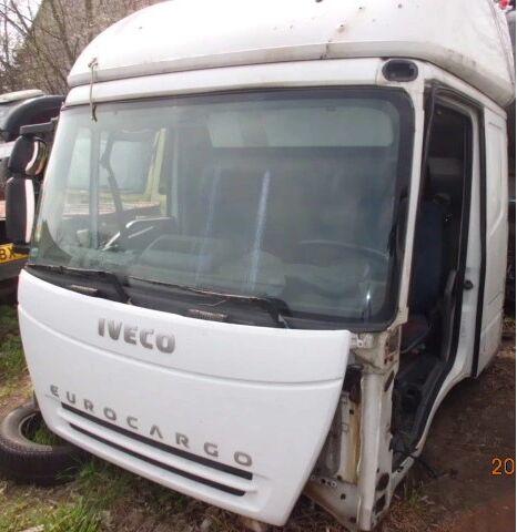 IVECO EuroCargo cabina para IVECO EuroCargo camión