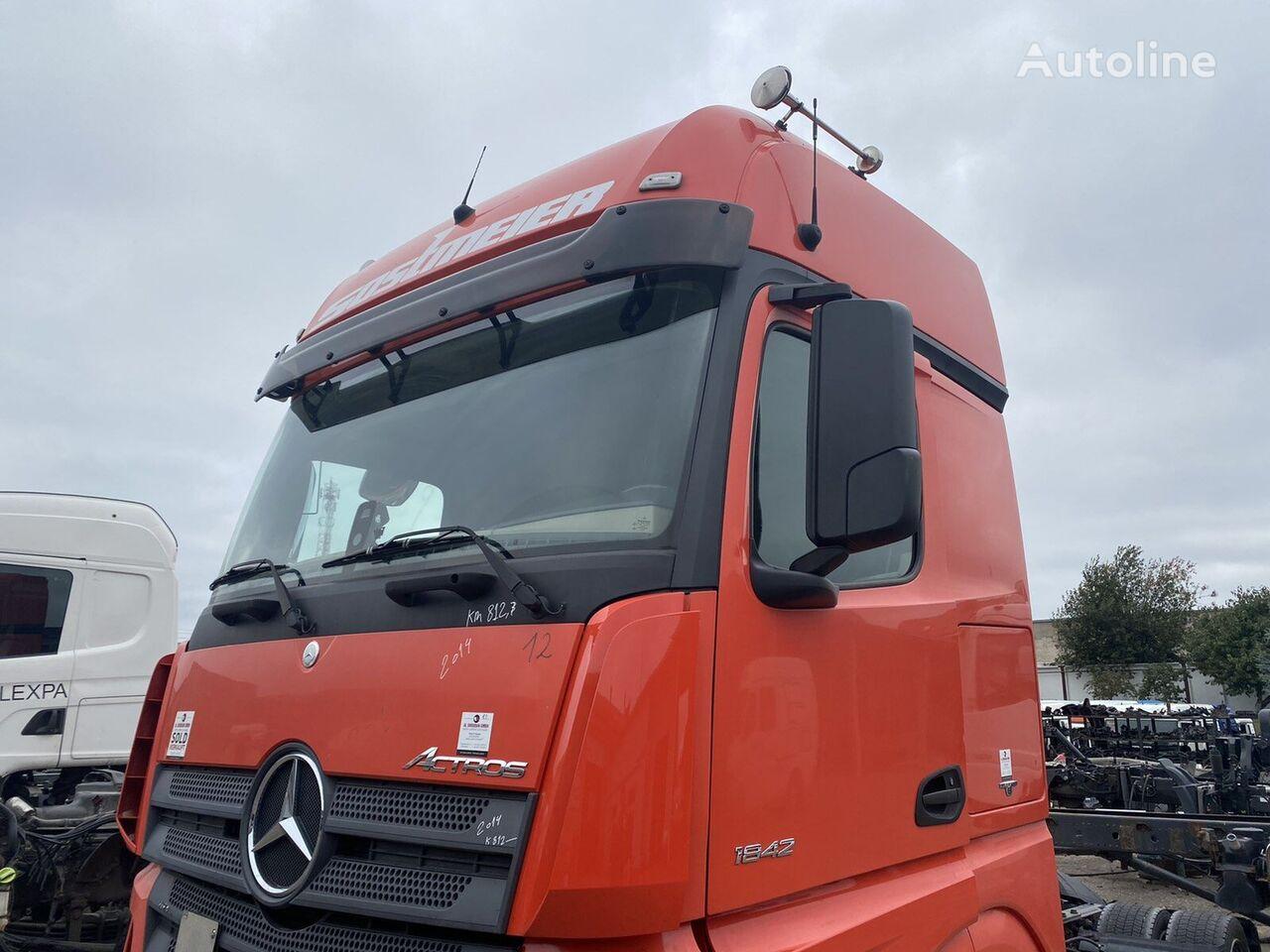 MERCEDES-BENZ (A0006001005) cabina para tractora