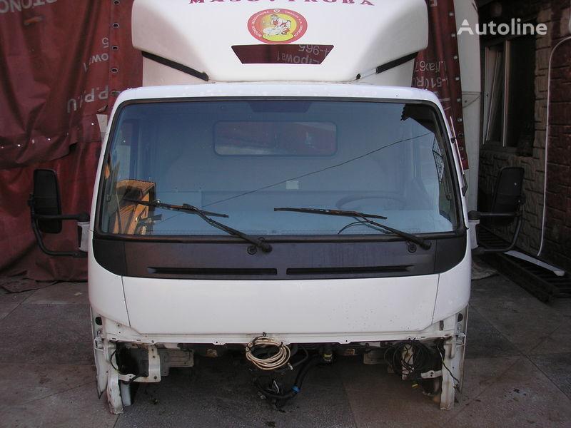 MITSUBISHI cabina para MITSUBISHI FUSSO camión