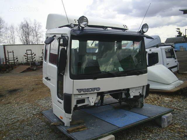 VOLVO cabina para VOLVO FLC camión