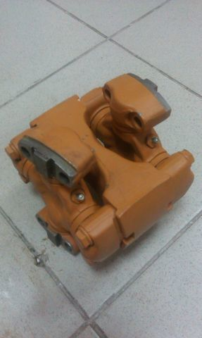 soedinitelnaya (universalnaya) mufta SHANTUI SD13 caja de cambio para bulldozer nueva