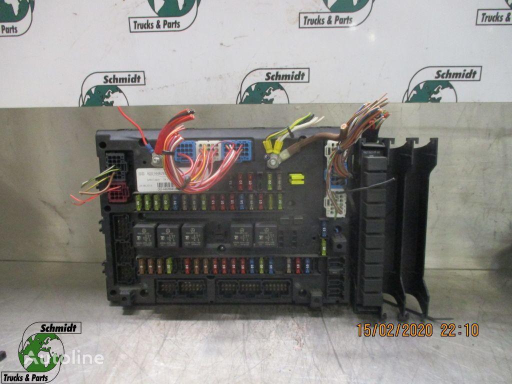 (A 001 446 26 58) caja de fusibles para MERCEDES-BENZ ACTROS camión