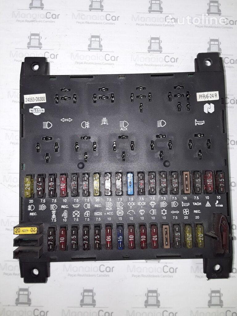 NISSAN 24063-D6300 caja de fusibles para tractora