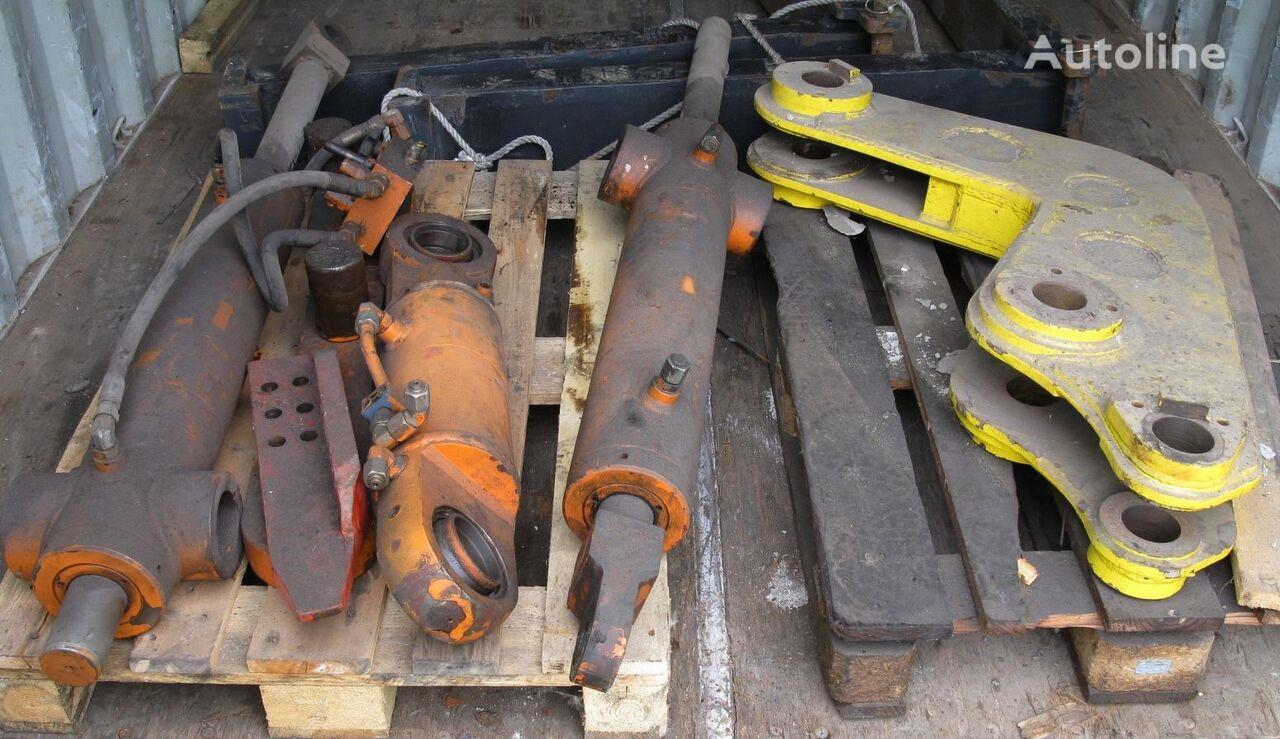cilindro hidráulico Belotti spreader rotation link, rotation cylinder, damping cylin para maquinaria de elevación y manutención BELOTTI B91
