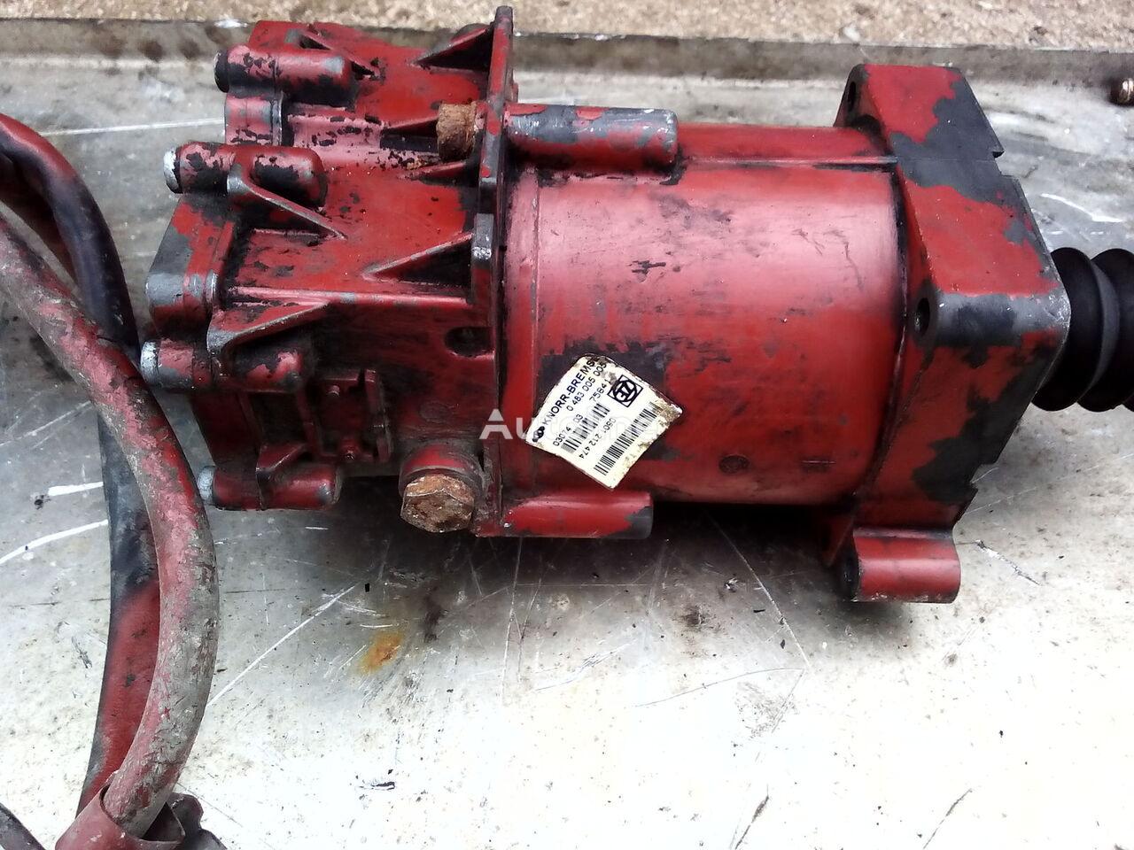 IVECO Knorr-bremse cilindro maestro de embrague para IVECO STRALIS tractora