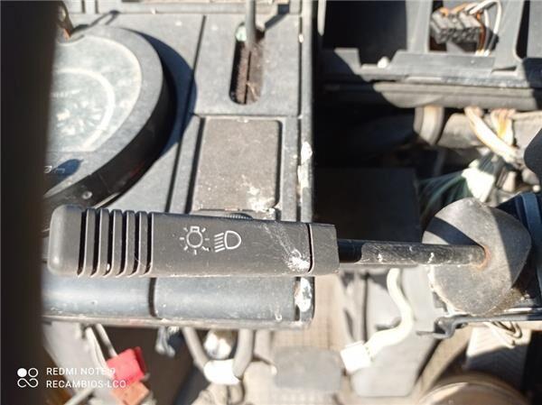 Mando De Luces Renault Magnum AE 430.18 conmutador en la columna de dirección para RENAULT Magnum AE 430.18 tractora