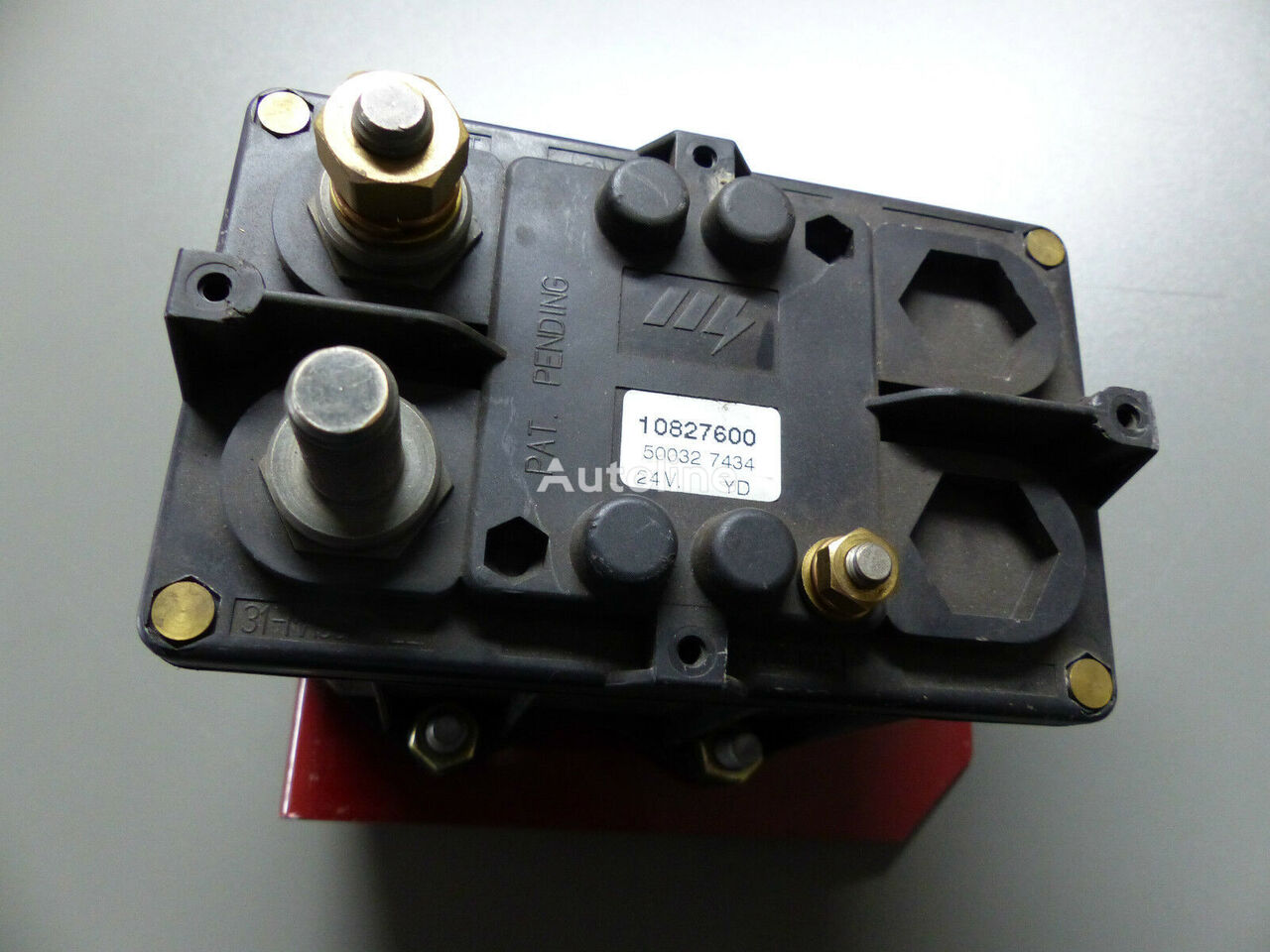 Batterie- Notschalter (500327434) cuadro de instrumentos para IVECO Stralis Trakker Eurocargo camión