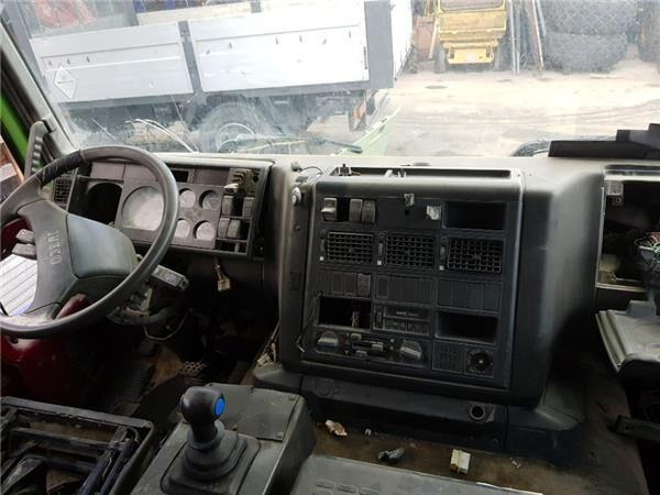 Cuadro Completo Iveco EuroTech              (MP) FSA     (440 E  cuadro de instrumentos para IVECO EuroTech (MP) FSA (440 E 43) [10,3 Ltr. - 316 kW Diesel] camión