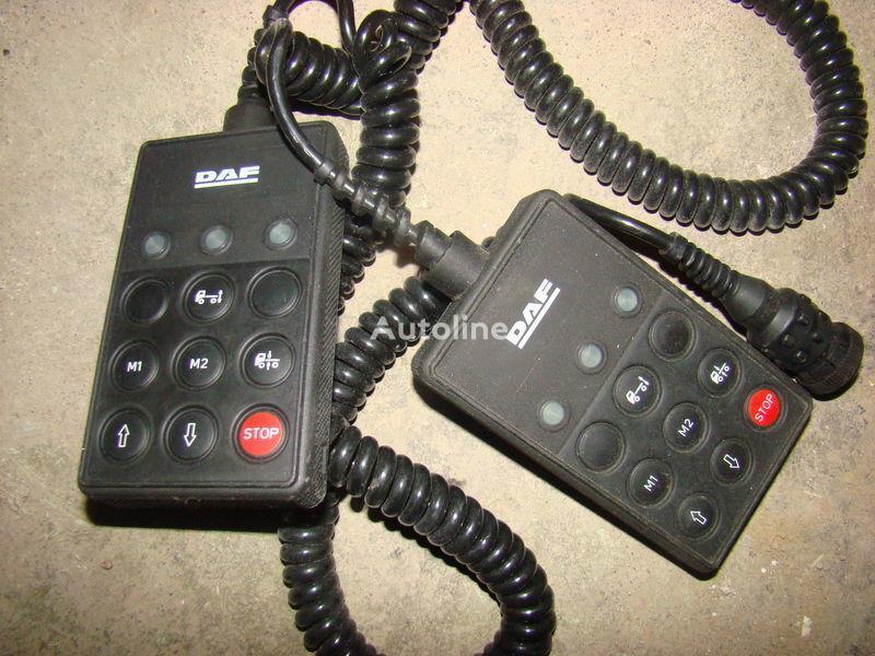 DAF 105XF remote control ECAS 1337230; 4460561290, 1657854, 1659760, 1669461, 1686733, 1690391, 1732019, 1780197, 1780200, 1792640, 1848360, 1851259, 1851261, 1851747, 1898313, 1898316, 1898317 cuadro de instrumentos para DAF 105XF tractora