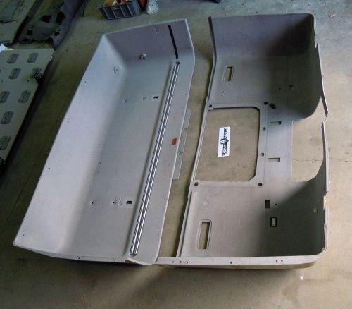 PODSUFITKA cuadro de instrumentos para DAF XF 105 tractora