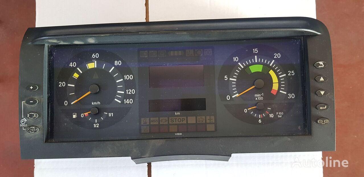 MERCEDES-BENZ (A 001 446 7721) cuadro de instrumentos para MERCEDES-BENZ ATEGO MB1 camión