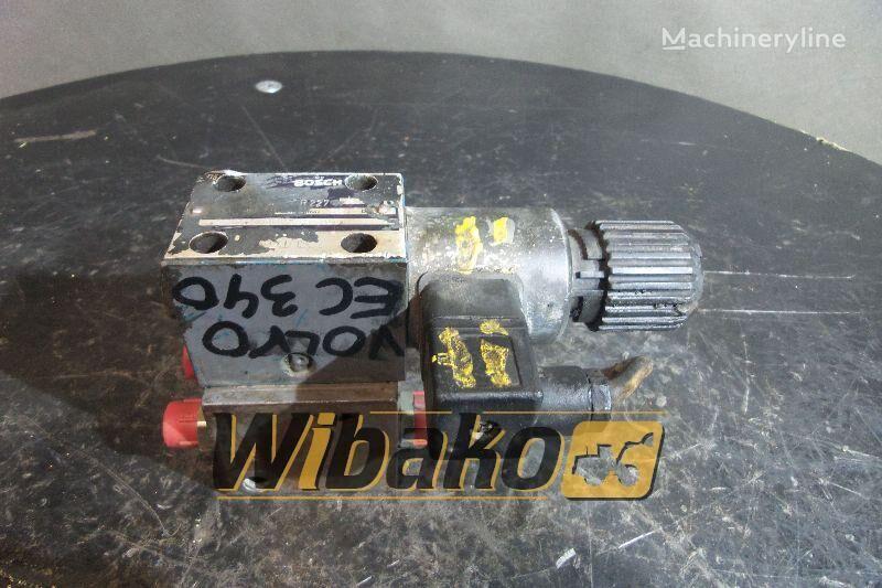 distribuidor hidráulico BOSCH 081WV06P1V1010WS024/00D66 para excavadora VOLVO EC340