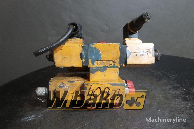 distribuidor hidráulico CASE 1088 para excavadora CASE 1088