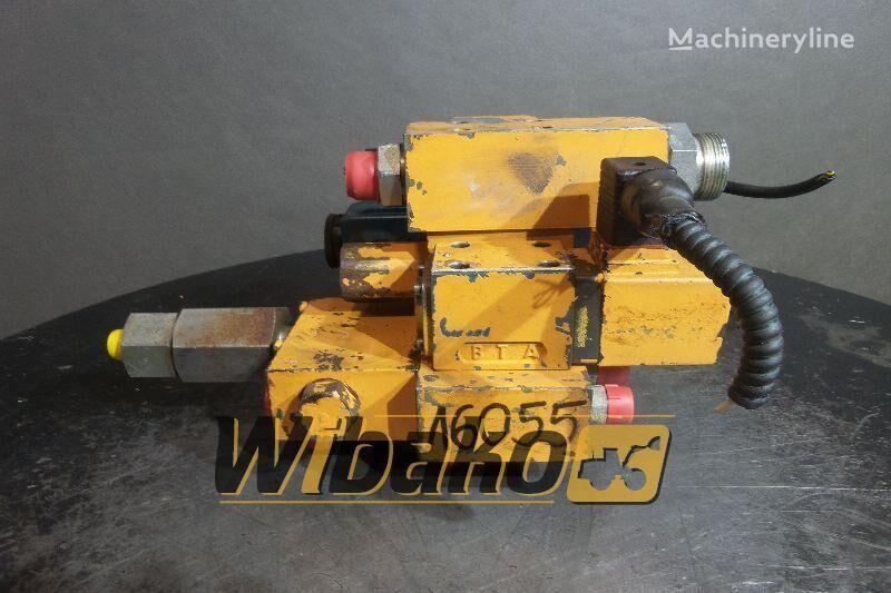 CASE 688B distribuidor hidráulico para CASE 688B excavadora de cadenas