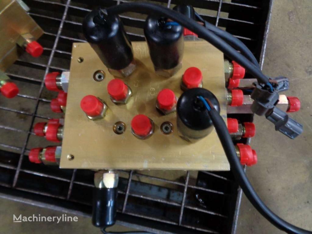 distribuidor hidráulico para JCB  JS 200W excavadora